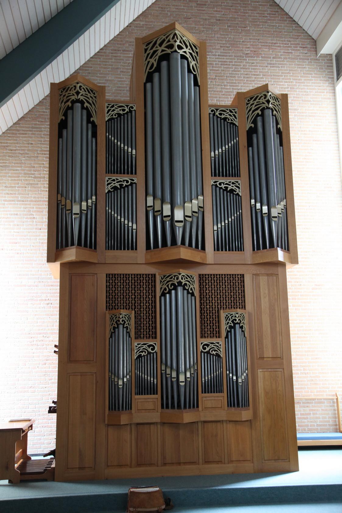 Het Sanders/ Spit-orgel in de Beth-El Kerk van de Hersteld Hervormde gemeente in Vriiezenveen