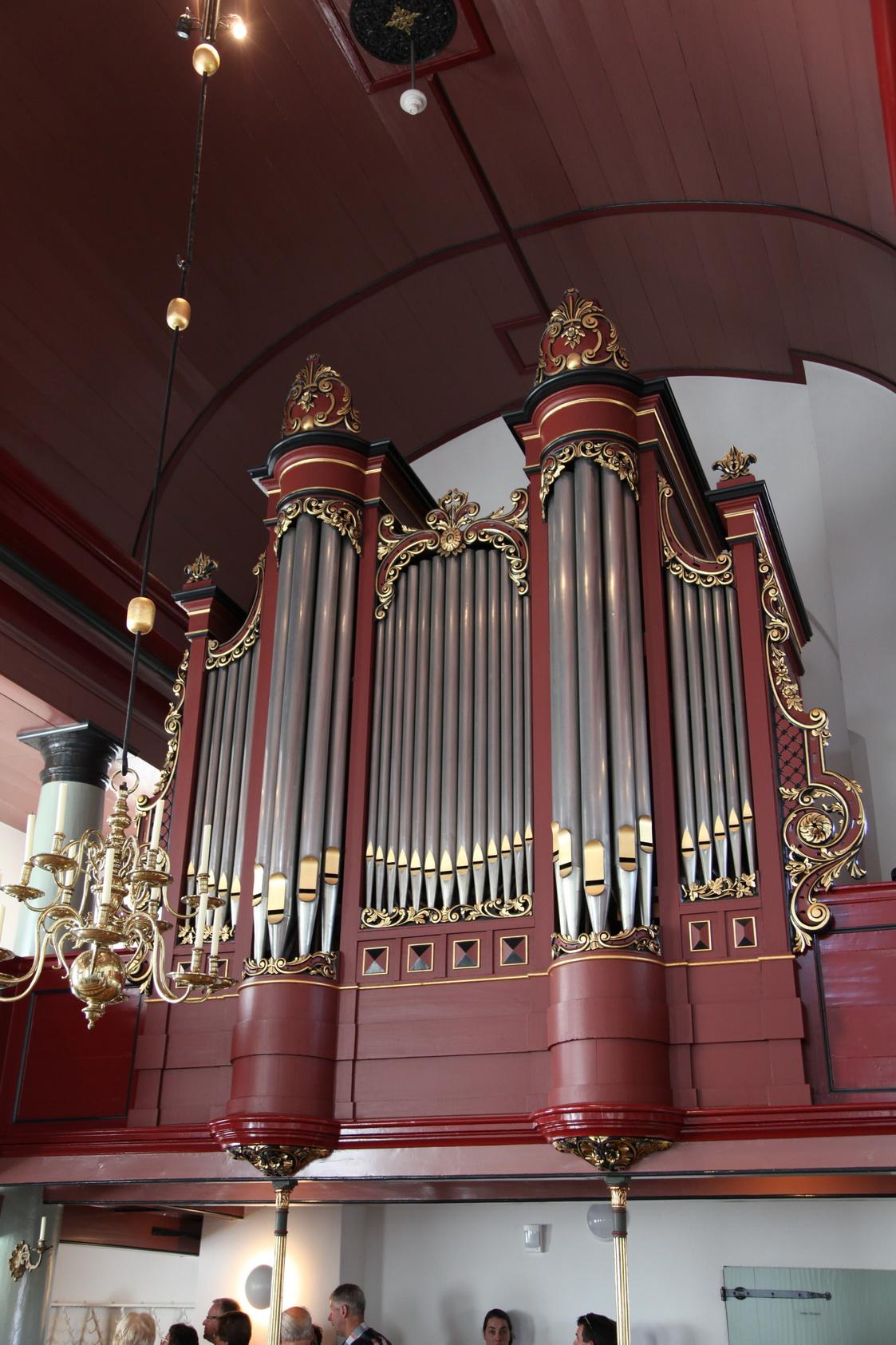 Het Van Dam-orgel uit 1901 in het Kerkje aan zee op Urk