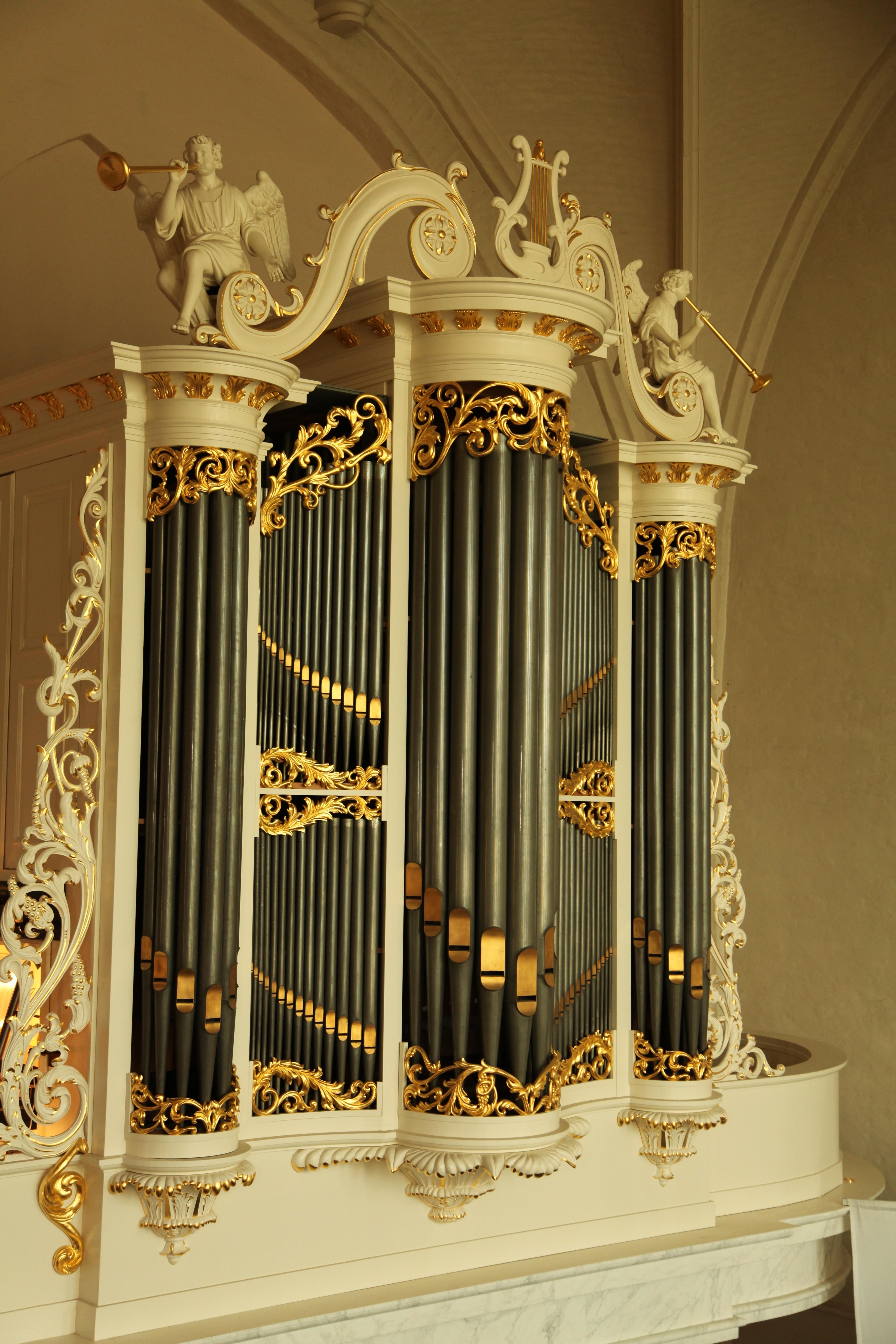 Het Carl Friedrich August Naber-orgel uit 1853 in de Hervormde Kerk te Wilp.